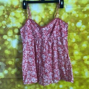 🍀NWT old Navy top🍀